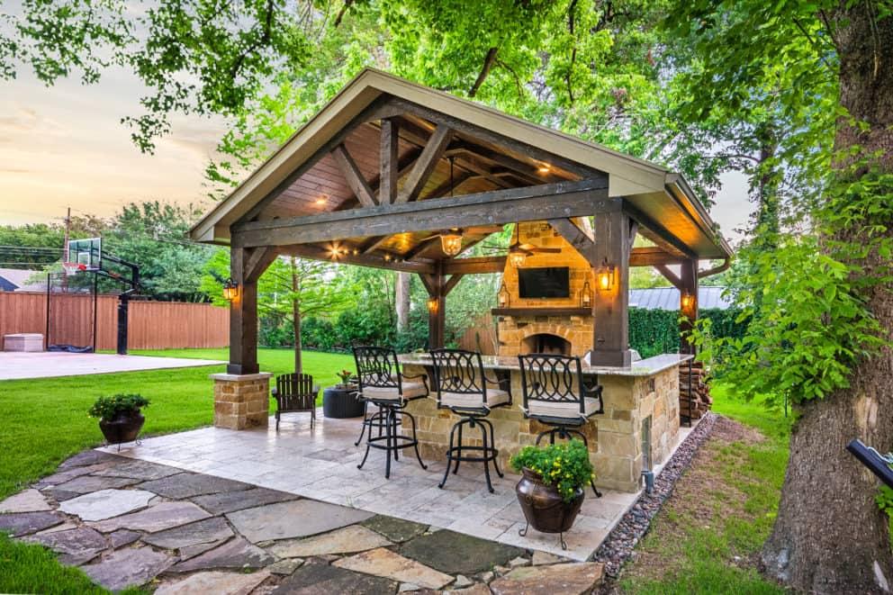 Outdoor Retreat in North Dallas - Texas Custom Patios on Back Yard Patio  id=31775