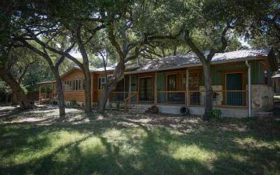 Wimberley Waters – Formally Lonesome Dove River Inn