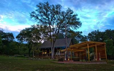 Paper Moon Log Cabin