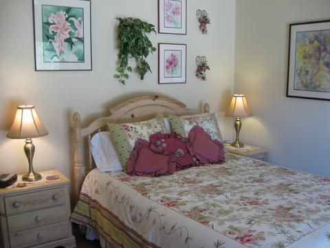 Prow'd House B-and-B: Brittany Suite