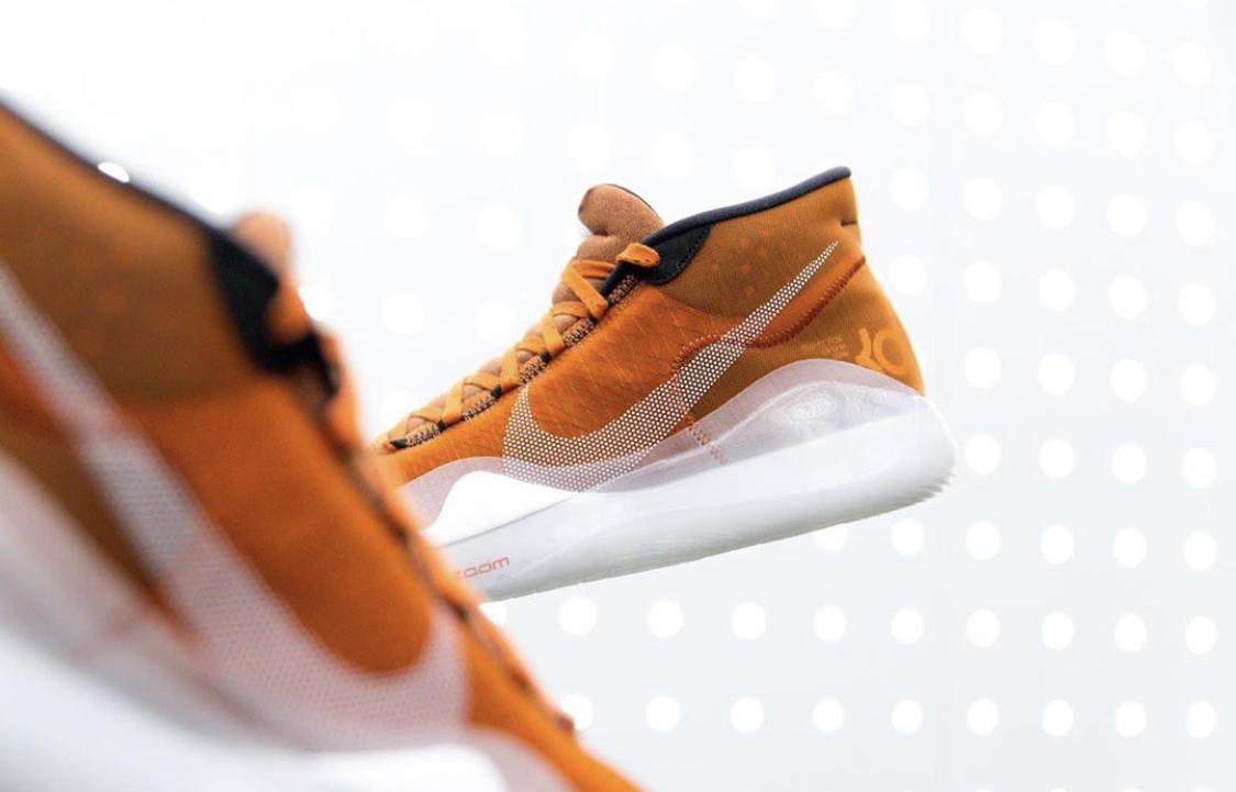 Longhorn Football Reveals Nike KD12