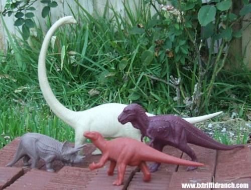 Invicta dinosaurs