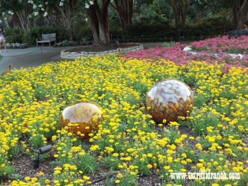 Chihuly globes 1