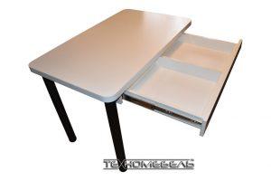 Стол кухонный белого цвета