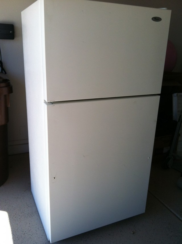 Βαφή Μαυροπίνακα στο ψυγείο σας