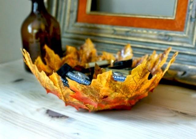 Φθινοπωρινές DIY διακοσμητικές ιδέες με φύλλα12