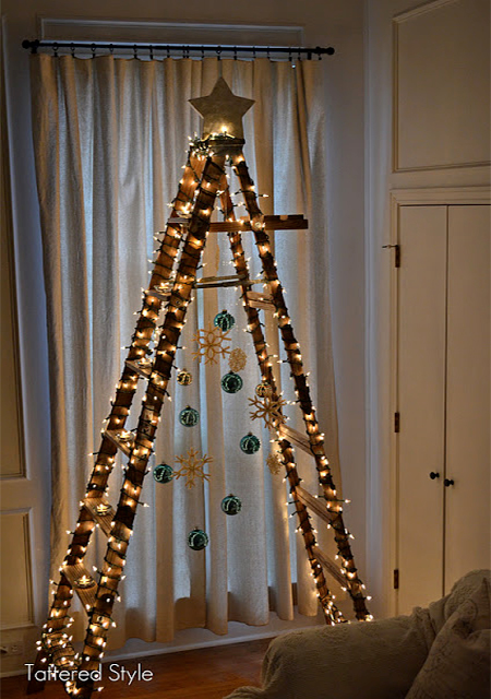 χριστουγεννιάτικο δέντρο σκάλα1