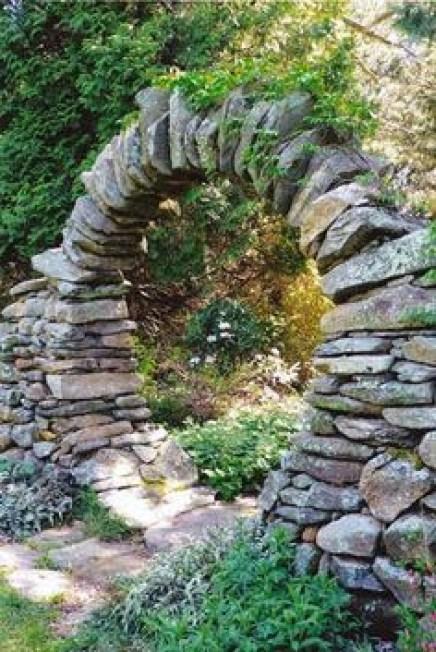 Ιδέες Διακόσμησης κήπου με βράχια και πέτρες21