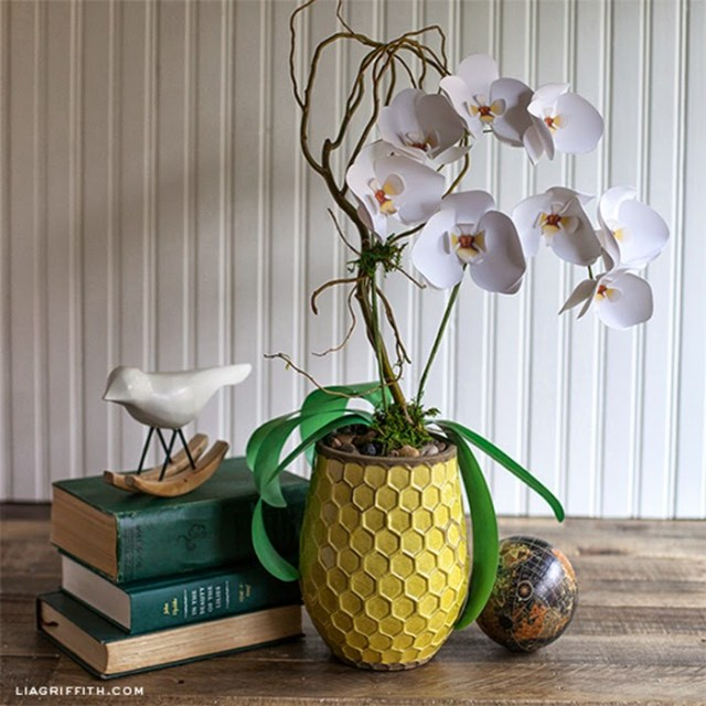 DIY διακόσμηση με ψεύτικα φυτά7