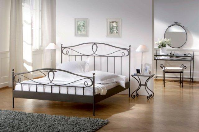 Κρεβάτια από σφυρήλατο σίδερο14