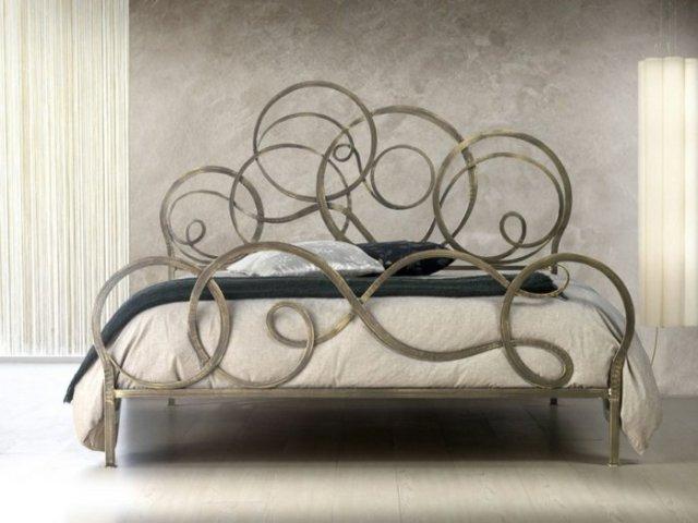 Κρεβάτια από σφυρήλατο σίδερο5