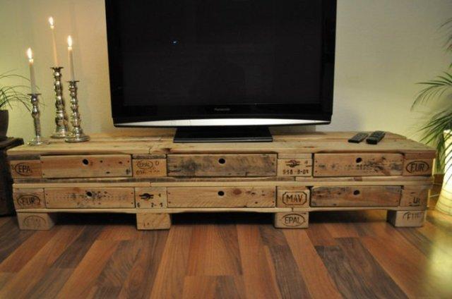 Ιδέες με ξύλινες παλέτες83
