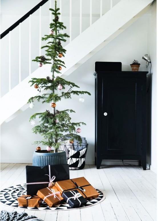 Μινιμαλιστικές ιδέες Χριστουγεννιάτικου δέντρου6