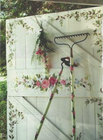 παλιά εργαλεία σε διακοσμητικά κήπου17
