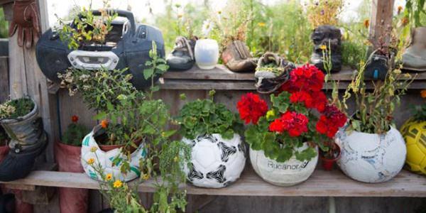 DIY ιδέες γλάστρας από οικιακά είδη23