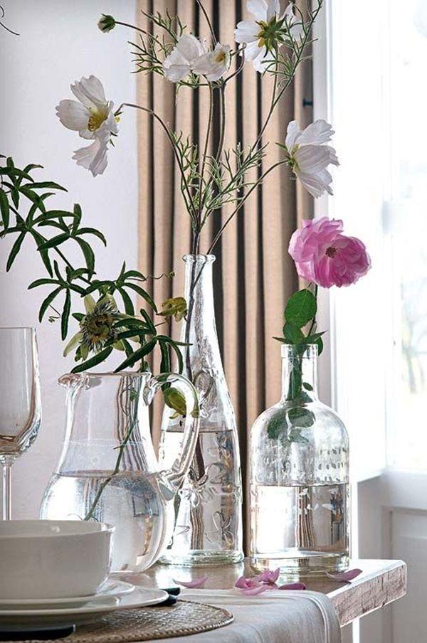 Διακοσμήστε με γυάλινα μπουκάλια και λουλούδια1