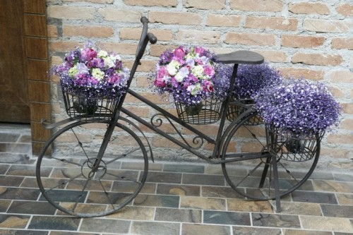 Ιδέες για γλάστρες με παλιά ποδήλατα6