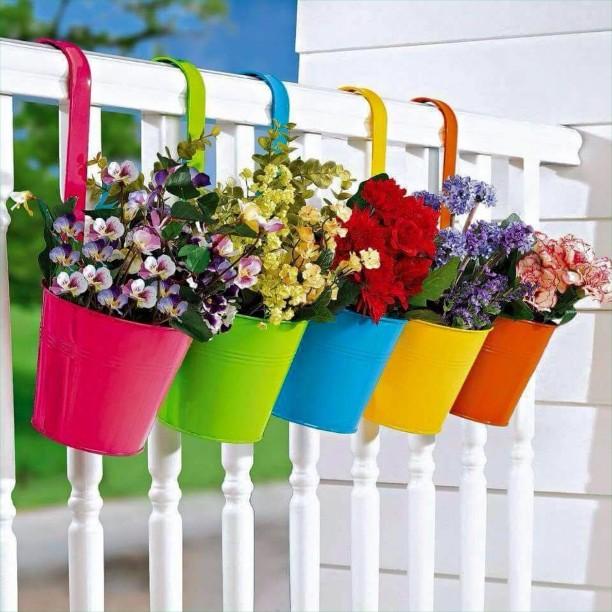 ιδέες με ζαρντινιέρες για το μπαλκόνι σας5