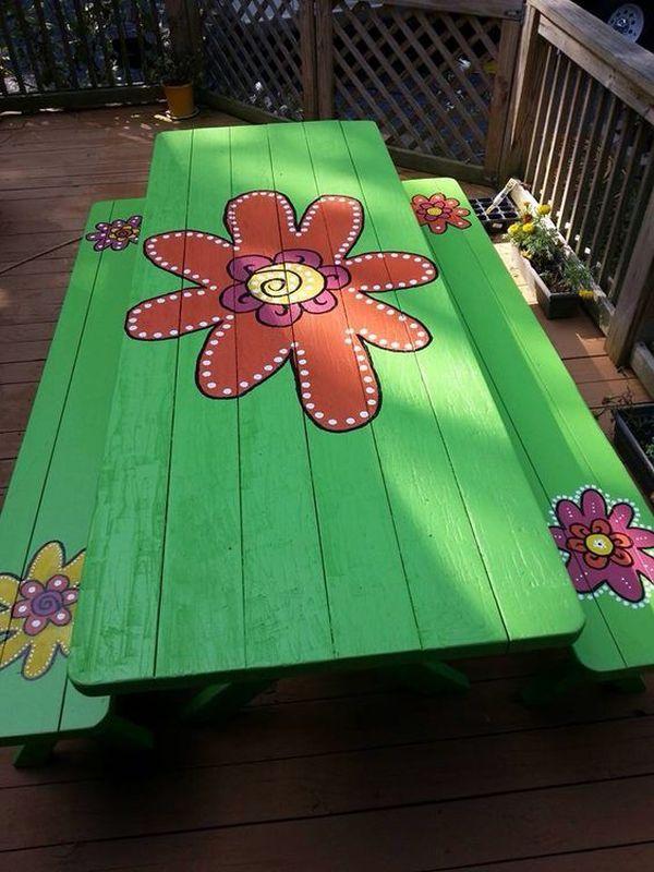 ζωγραφισμένα τραπέζια για τον κήπο18