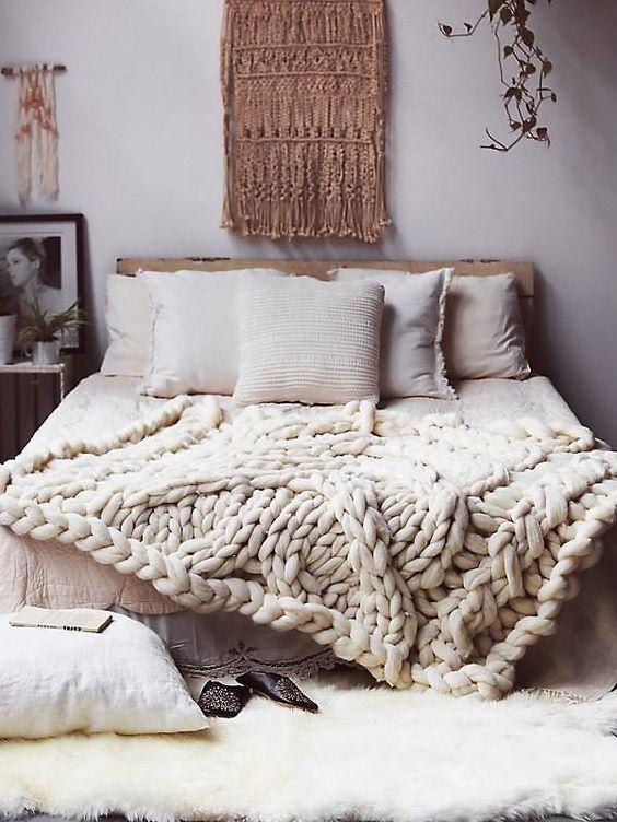 ιδέες διακόσμησης με κουβέρτες παχιάς πλέξης1