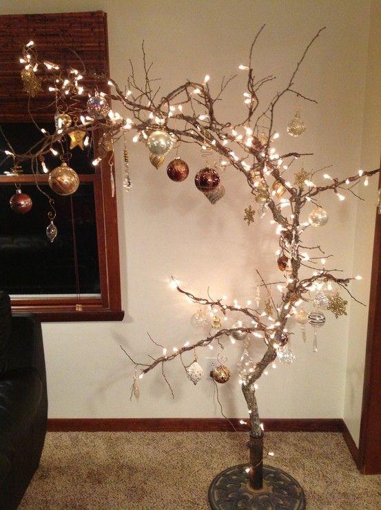 Χριστουγεννιάτικο δέντρο από κλαδιά1