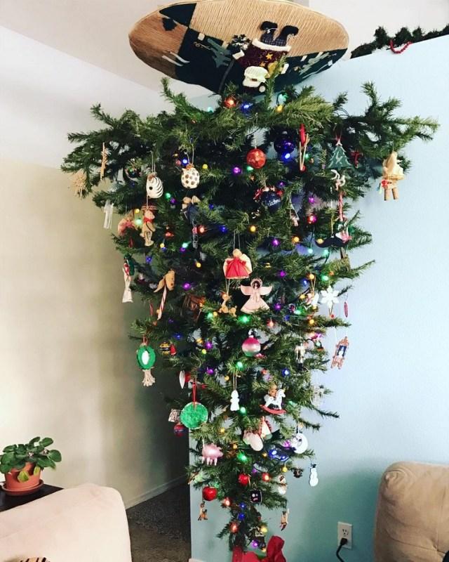 χριστουγεννιάτικο δέντρο ανάποδα5