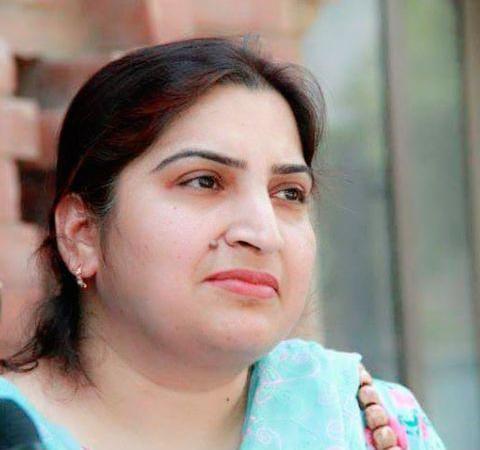 Dr Arifa Tahir