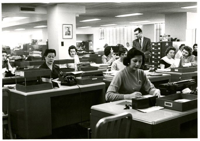 officeworker-may58-003.jpg