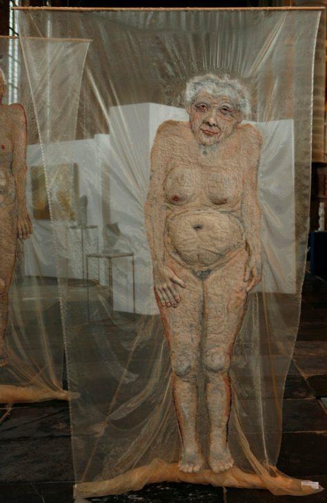 doek oude vrouw 1 in Grote Kerk jpg