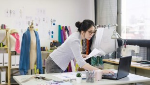 roles of merchandising in fashion business
