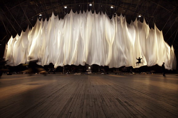 Ann Hamilton/The event of a thread | 2012-2013 Commissioned by Park Avenue Armory Kristy Edmunds, Curator  New York, NY  December 5, 2012-January 6, 2013