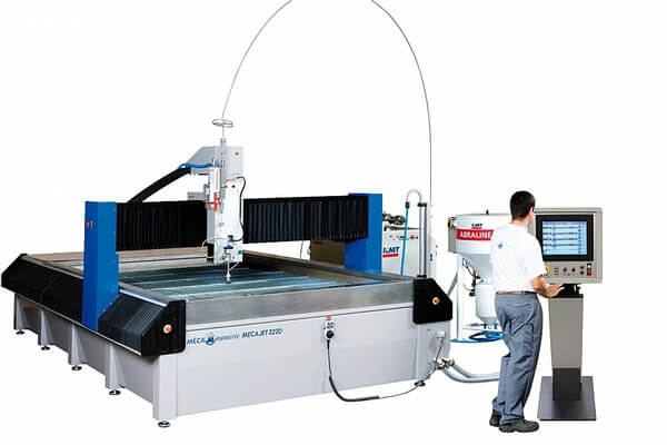 Water jet cutting machine used in apparel industry