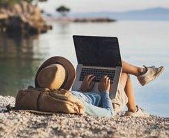 Airbnbがワーケーション利用の意識調査を実施!半数以上が1人を希望する結果に!