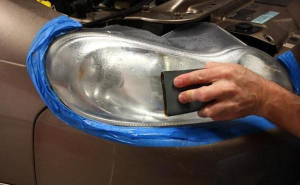 Как отполировать фары своими руками? Полировка фар в домашних условиях
