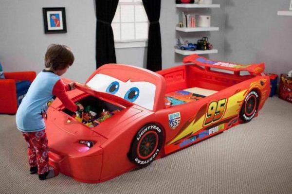 Кровать-машина: отзывы, сборка. Детская кровать в виде машины