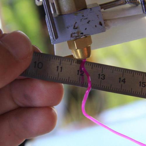Пластиковая нить для 3D-принтера. Оборудование для производства. Создание нитей для 3D-принтеров своими руками