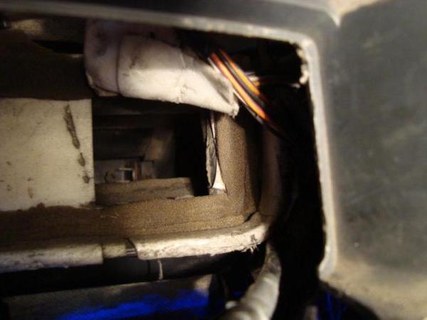 На ВАЗ-2114 печка дует холодным воздухом. Что делать?