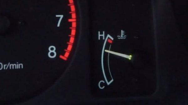 Почему греется двигатель? Причины перегрева двигателя