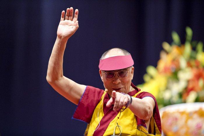 Как стать счастливым человеком: 10 уроков от Далай-ламы