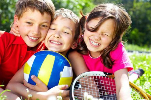 Должностные обязанности няни в детском саду и дома
