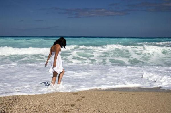 Стоит ли наращивать ресницы на море - особенности ухода и рекомендации