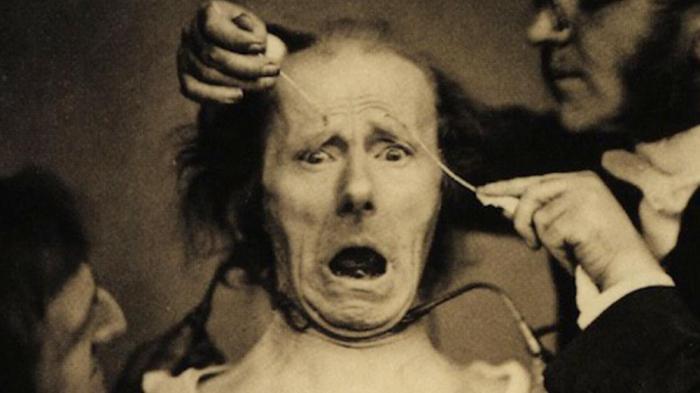 10 страшных врачей, которые на самом деле делали людей больными