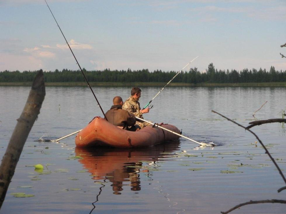 Рыбалка на озере Долгое.