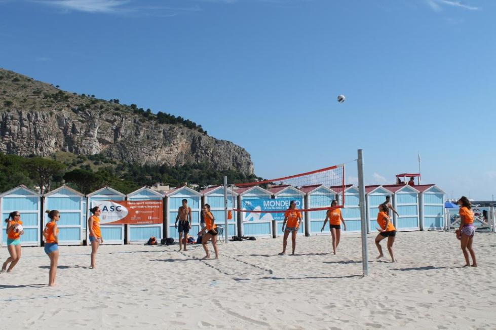 пляжный волейболл