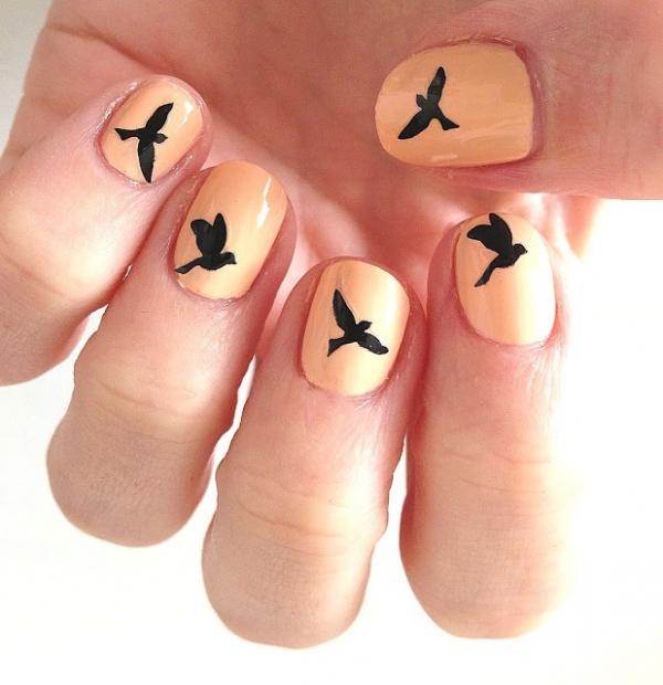 как нарисовать птиц на ногтях
