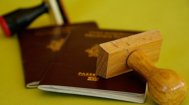 как получить немецкий паспорт если он просрочен
