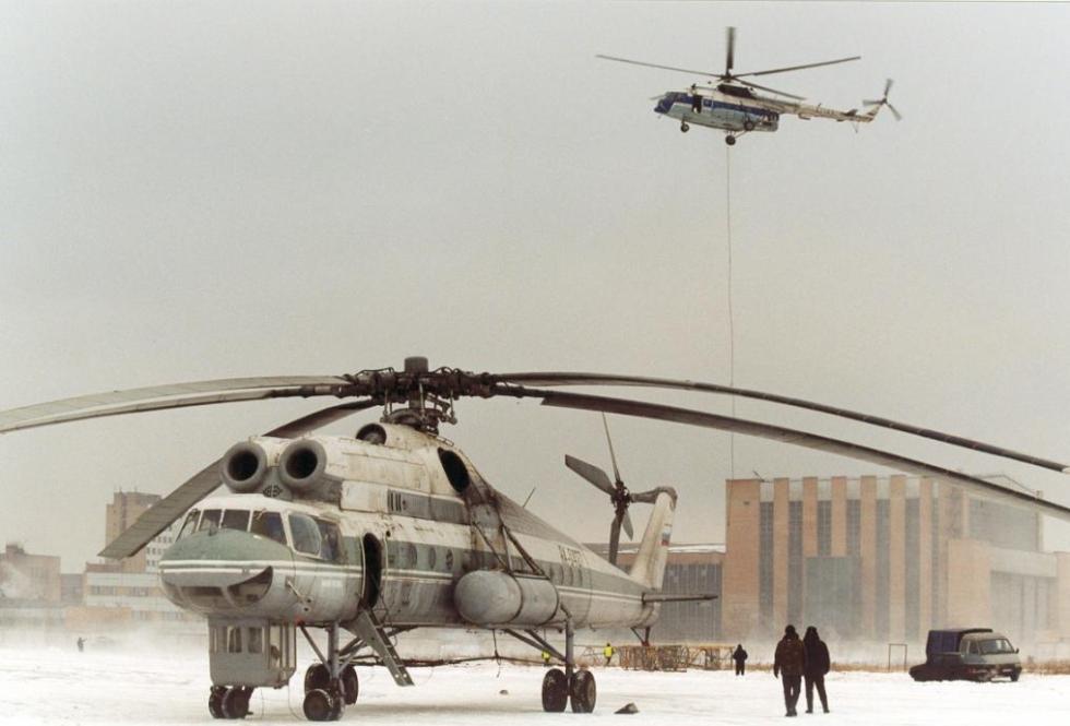 Ми-10 на аэродроме