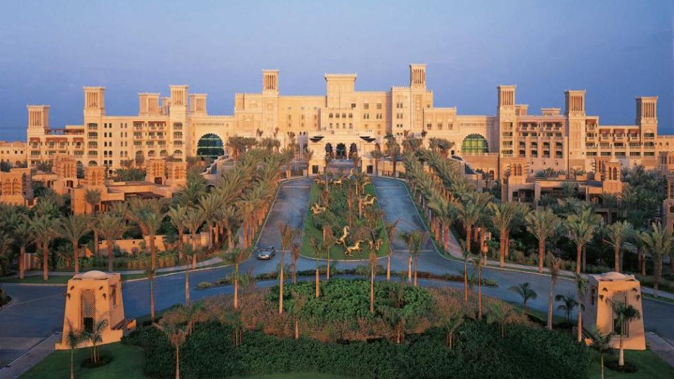 Отель Jumeirah Al Qasr