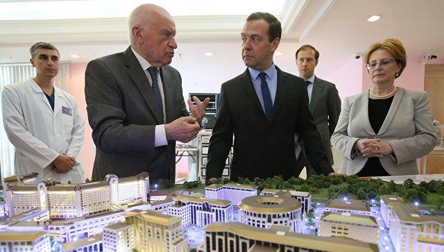 Медведев в институте имени Бакулева