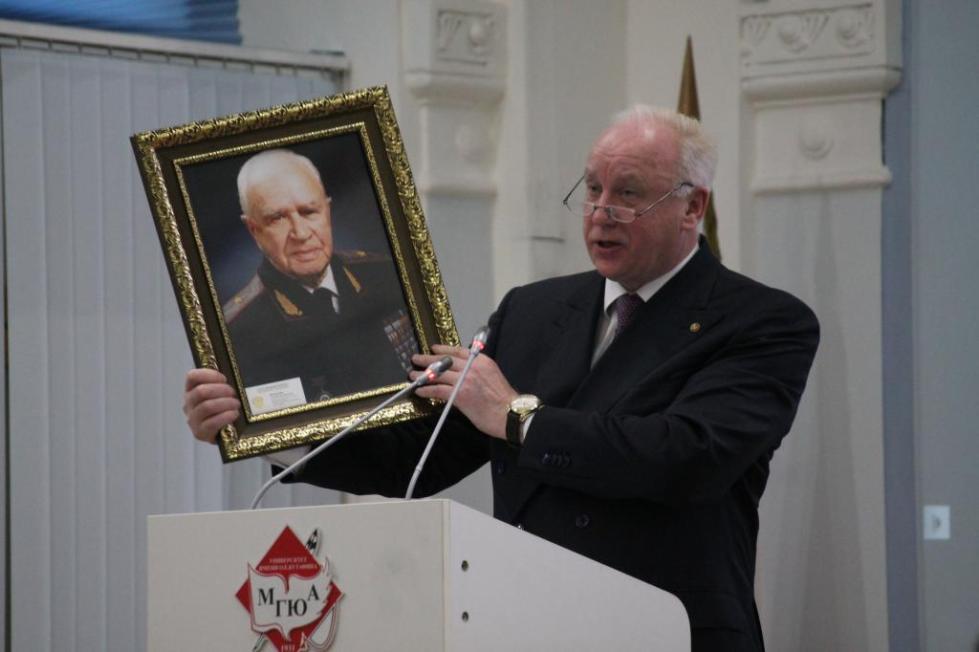 Портрет Рафаила Белкина